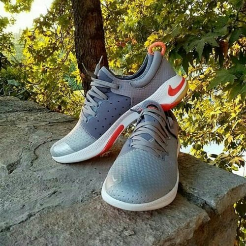 کفش اسپرت ۱۰۶۹