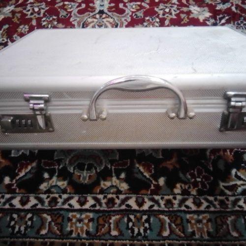 سرویس قاشق و چنگال ۱۲تایی همراه چمدون