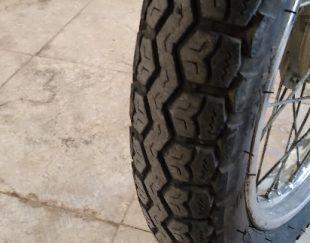 موتورسیکلت هندا۱۲۵کویرمدل ۸۴بابرگه مزاییده سلالم سلامت بدون خرج لاستگها ۸۰ درصد چراعها وراهنماها کیلومتر روشن نیازی به تعری ندارد