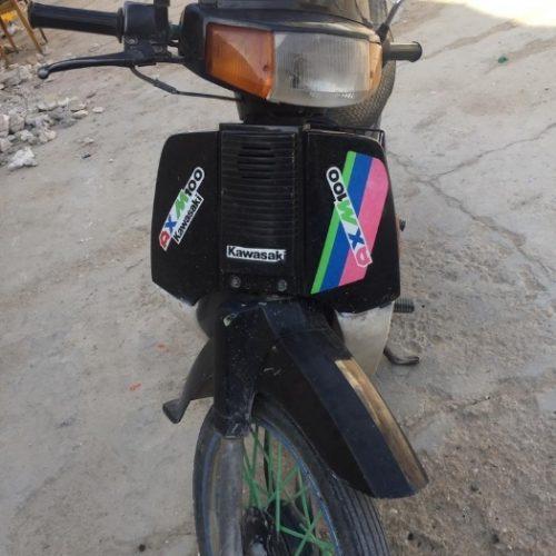 موتور سیکلت کاوازاکیaxm100