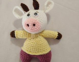 عروسک بافت گاو جذاب نماد سال۱۴۰۰