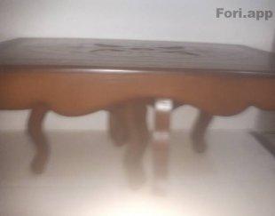 میز بسیار سالم بدون هیچ خرابی