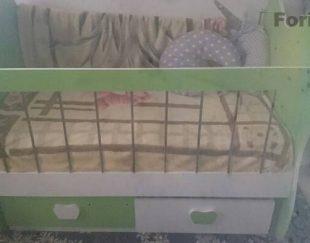 تخت گهواری بچه اسپرت تا ۷سال با تشک رویا نو دوتا کشو داره پایین تخت