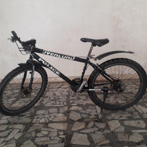 دوچرخه تمام حرفه ای