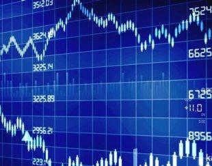 یک مترجم و سه کارشناس آشنا با بازارهای مالی