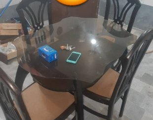 میز ناهار خوری