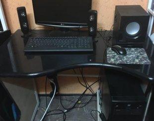 فروش سیستم کامل کامپیوتر با میز بدون خش