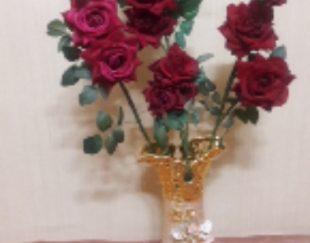 گل رز خارجی با گلدان
