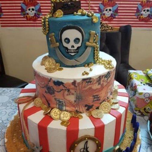 سفارش انواع کیک از کارگاه خانگی lovely cakes