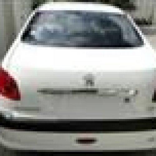پژو ۲۰۶ صندوقدار رنگ سفید