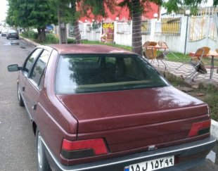 پژو ۴۰۵ مدل ۲۰۰۰