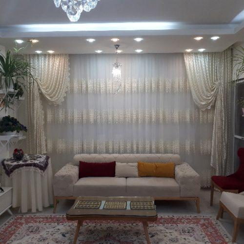 آپارتمان شیک و فول در مرکز شهر نمین