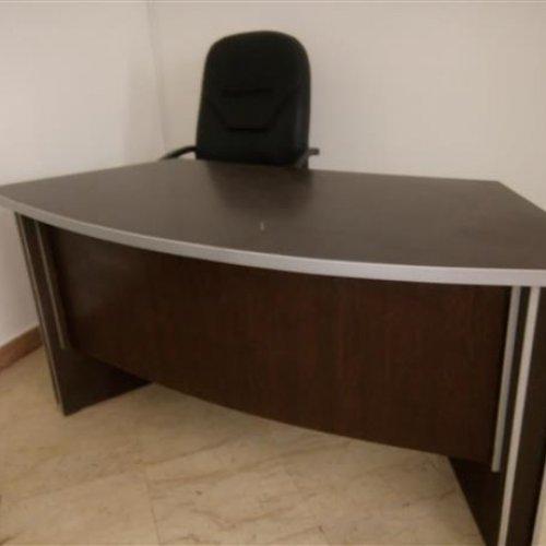 ست میز مدیریت و میز اداری منشی و پاروان