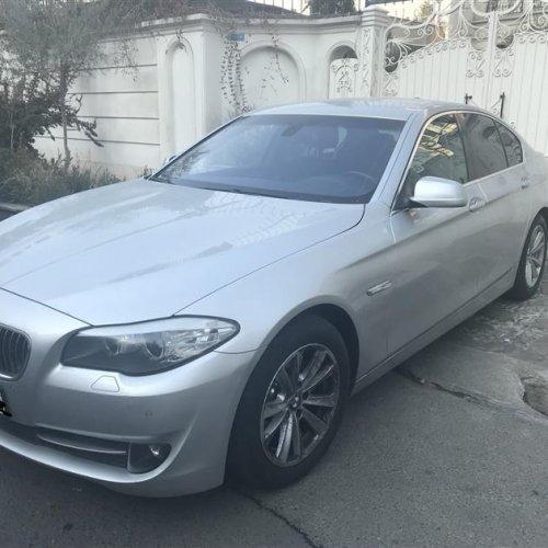 BMW 530i 2011