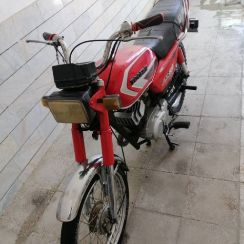 سوزکیax100