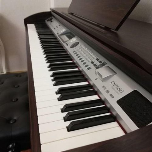 پیانو دیجیتال medeli dp در حد نو