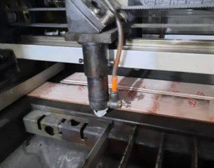 دستگاه لیزر کفاشی طراحی روکفش  و کارت عروسی