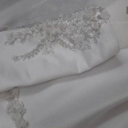 لباس نامزدی، عقد