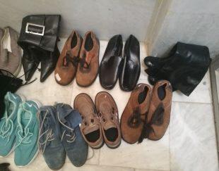 تعدادی کفش