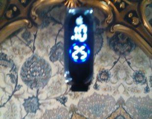 ساعت خیلی خوشگل تاریخ ساعت ثانیه با عدد لمسی