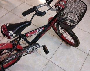 دوچرخه قرمز مخصوص ۶ تا ۱۰ سال کاملا سالم ونو