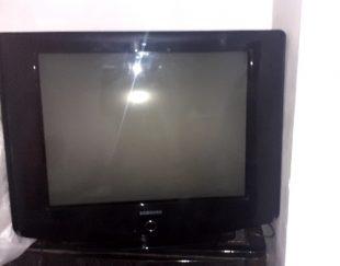 تلویزیون ۳۲ اینج