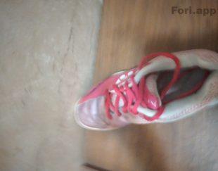 کفش سایز ۳۷