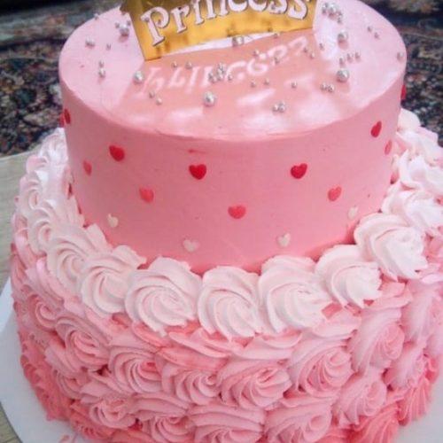 سفارش کیک خامه ای و مینی کیک و کاپ کیک و رولت و انواع ژله