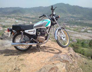 فروش موتورسیکلت همتاز ۱۵۰ تقویتی
