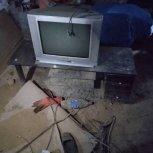 تلویزیون زیر تلویزیون
