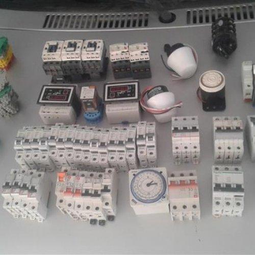 تجهیزات برق
