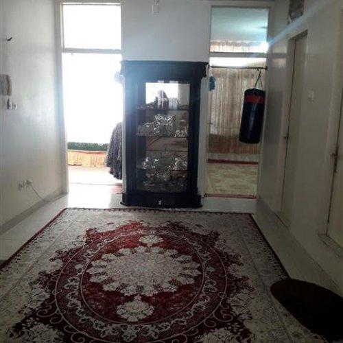آپارتمان قدیمی ساز کاملاً بازسازی شده در بهترین دسترسی