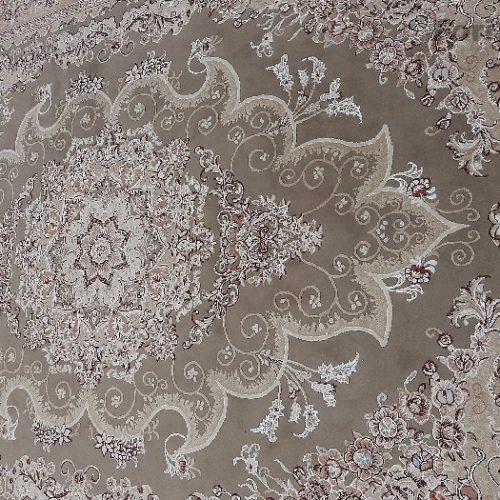 فرش ۹متری نسکافه ای رنگ گل برجسته کاملا سالم و تمیز بدون سوختگی و پارگی