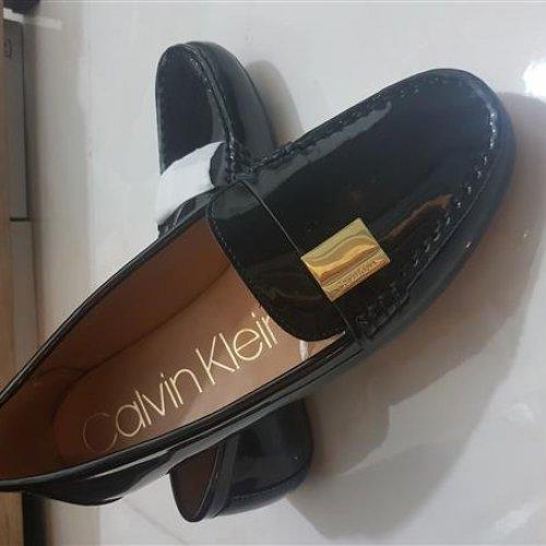 کفش کالج کالوین کلین،اصل امریکا