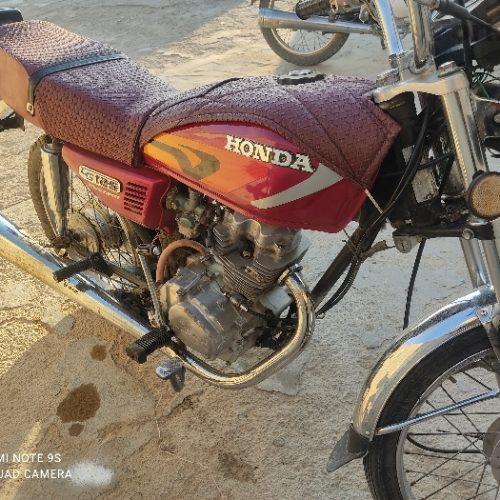 موتورسیکلت مدل ۹۰بیرم لارستان