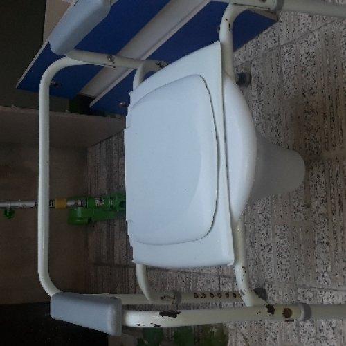 توالت فرنگی (صندلی)
