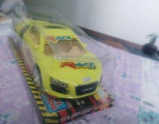 ماشین آئودی سبز