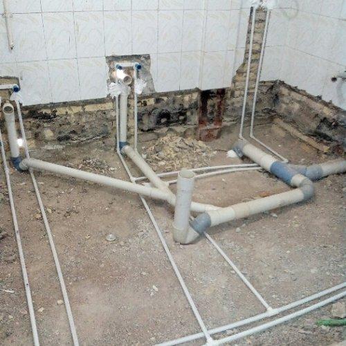 لوله کشی آب و فاضلاب و کنده کاری در همه جای اهواز