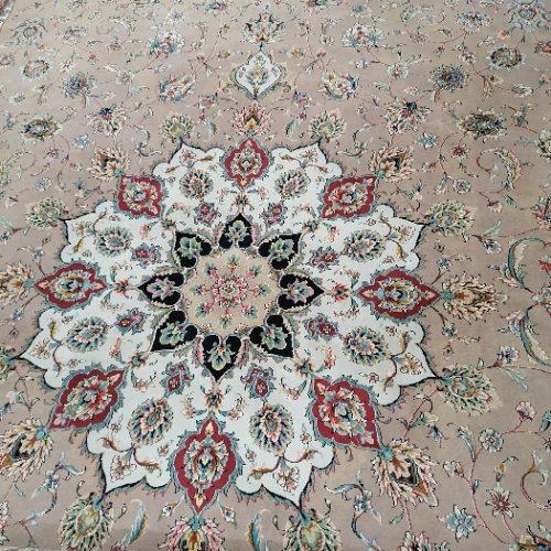 فرش ۱۲ متری گل نقش مشهد درحد نو