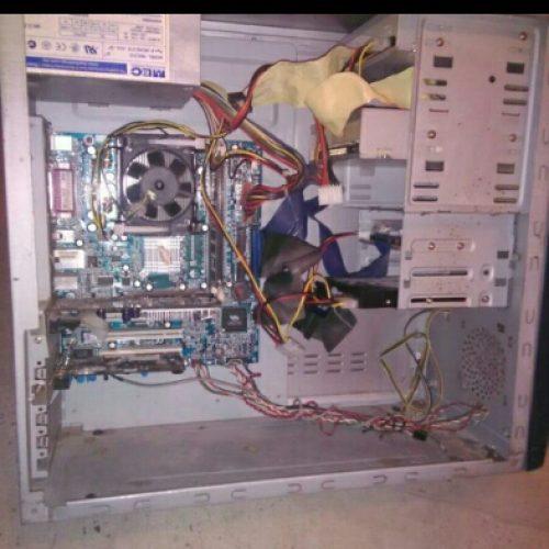 کیس کامپیوتر کاملا خانگی