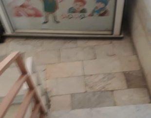 پیشخوان مغازه سیسمونی و کودک