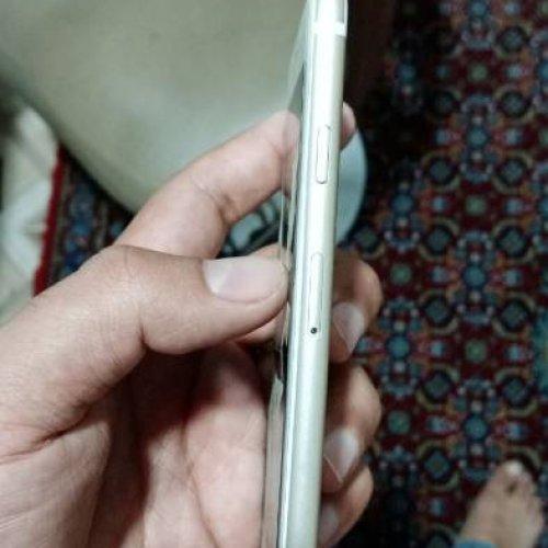 فروش گوشی آیفون ۶ اس