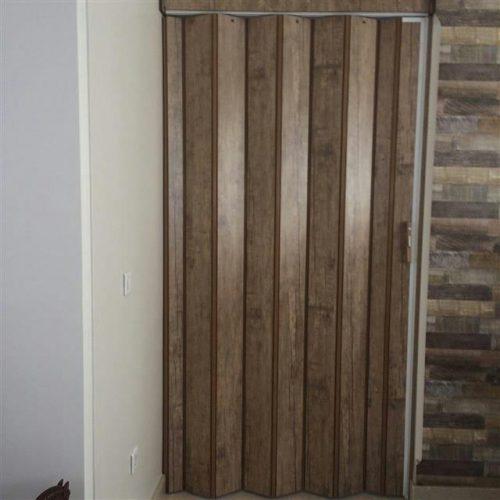 درب کشویی p.v.c / چوبی / چرمی