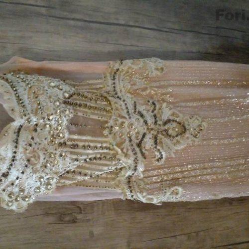 لباس حنا فقط ی شب استفاده شده