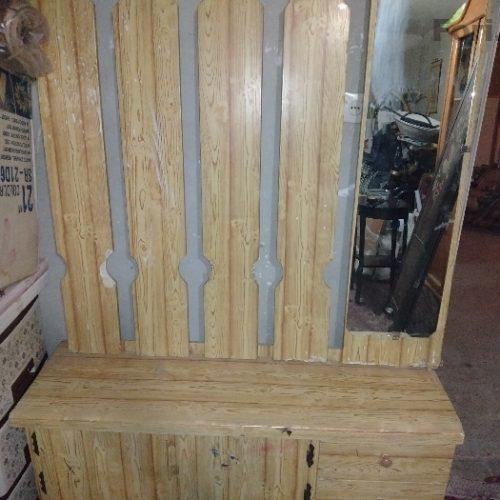 جالباسی چوبی