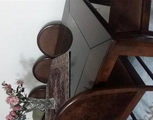 میز وصندلی و مبل
