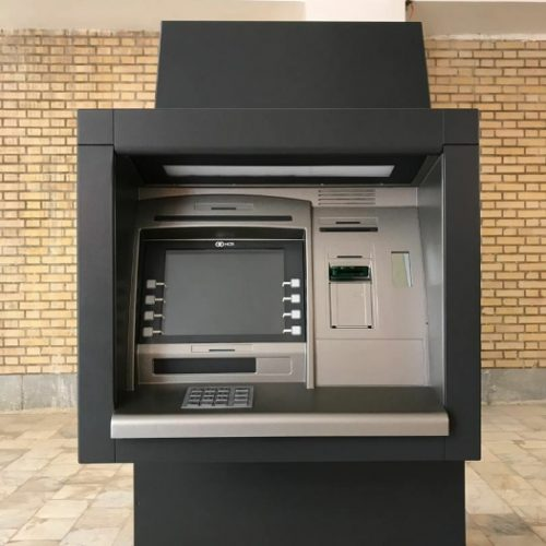 عابر بانک،خودپرواز