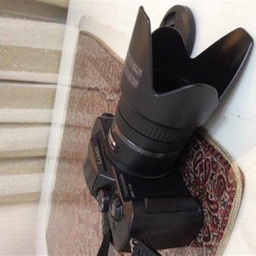 دوربین عکاسی و فیلمبرداری دیجیتالی