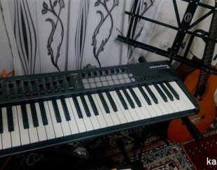 ساخت و آموزش شعرو ملودی موسیقی