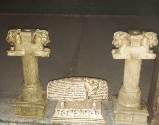 مجسمه های باستانی برگرفته از تخت جمشید از جنس پلی استر مقاوم وبراق
